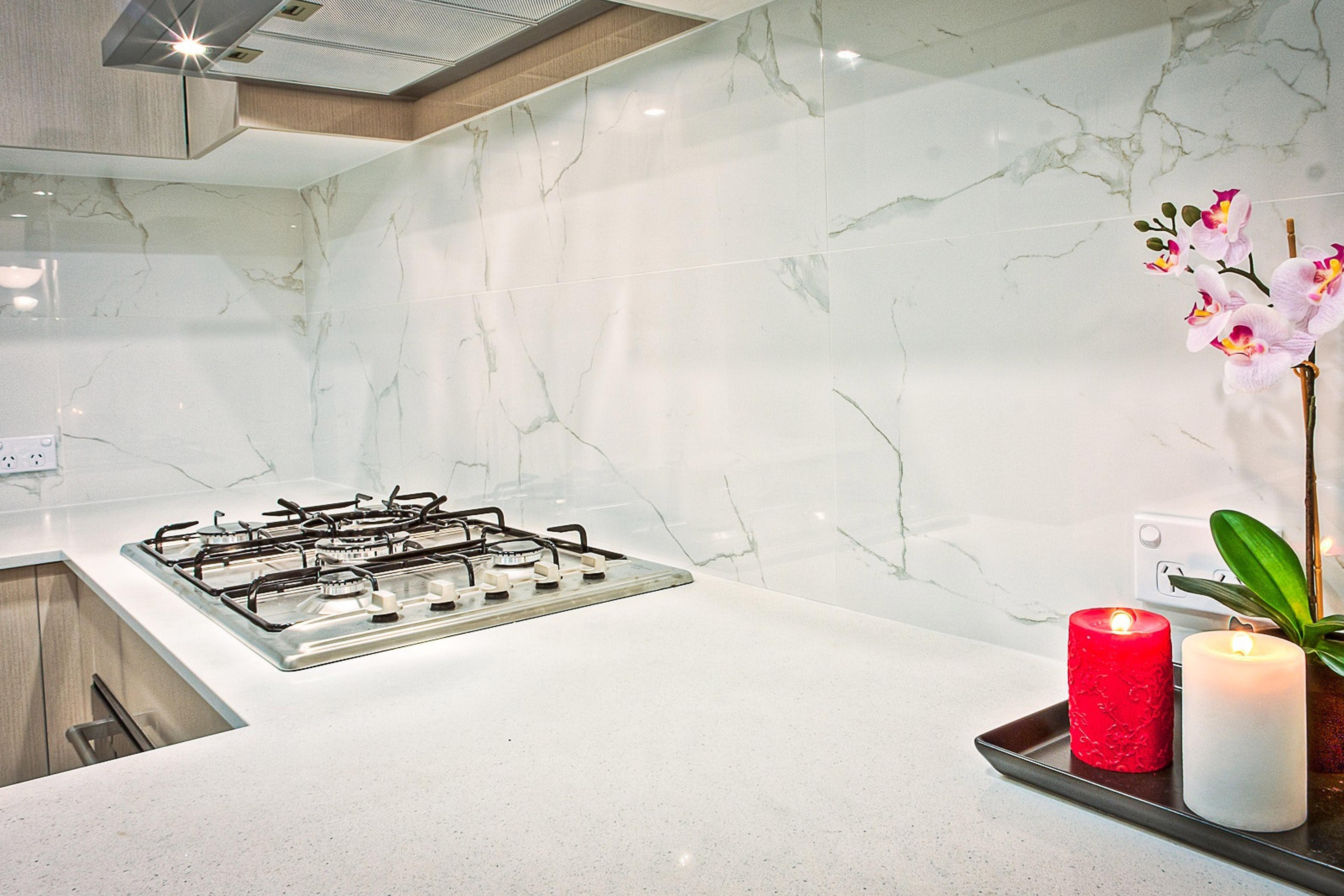 white-granite-island-kitchen